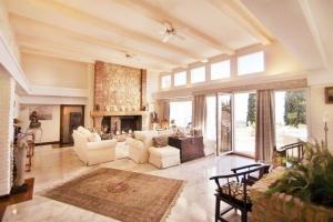 frank lloyd wright villa for sale benalmadena pueblo