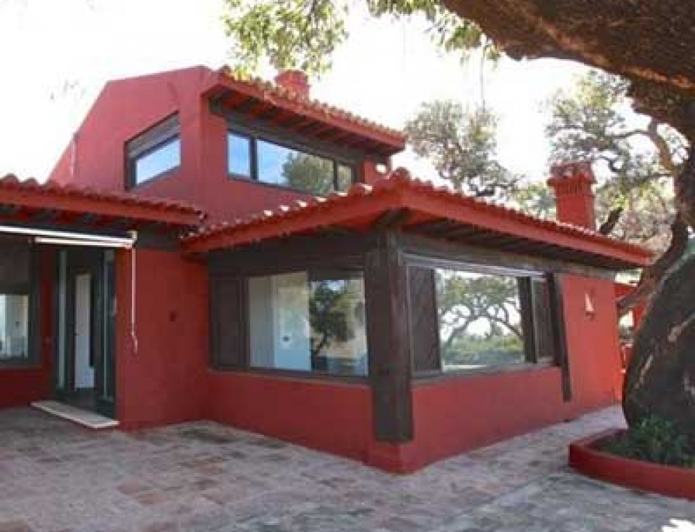 Villa For Sale in La Mairena, Marbella
