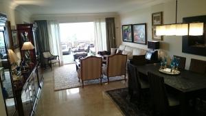 Luxury 2 suite apartment for sale Marbella