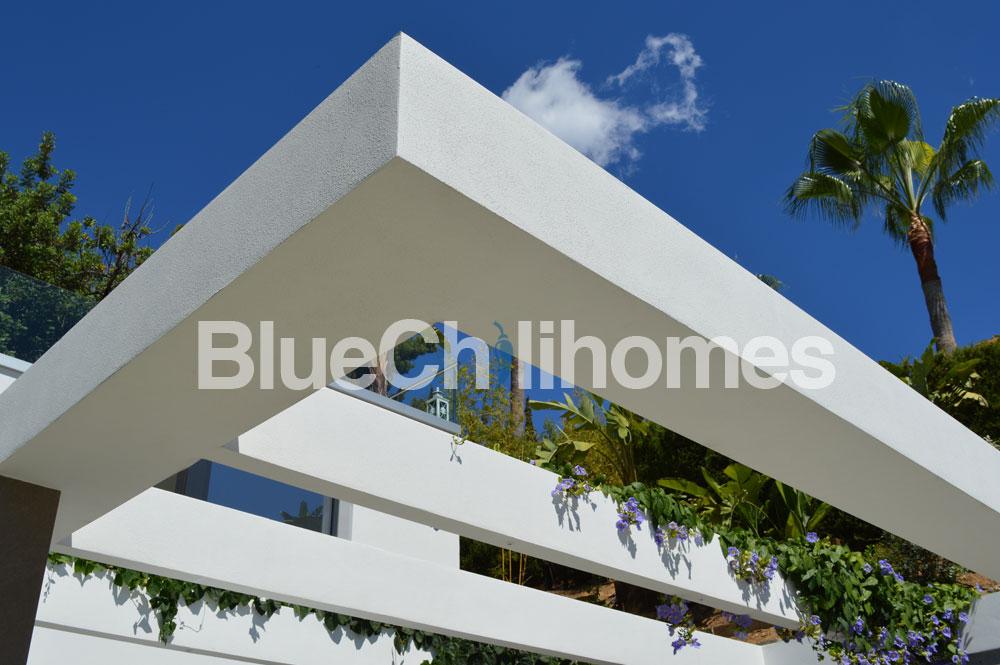 modern-villa-design-marbella