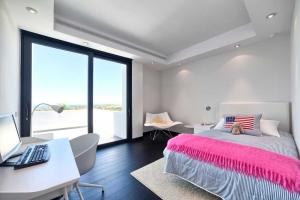 Spectacular top quality contemporary villa Marbella real estate