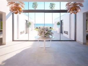 Villa-in-Estepona-for-sale-New-Golden-Mile-1