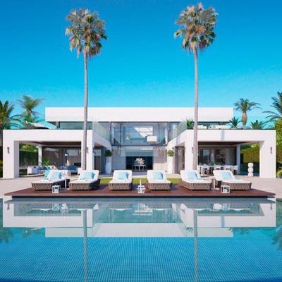 Villa-in-Estepona-for-sale-New-Golden-Mile-1